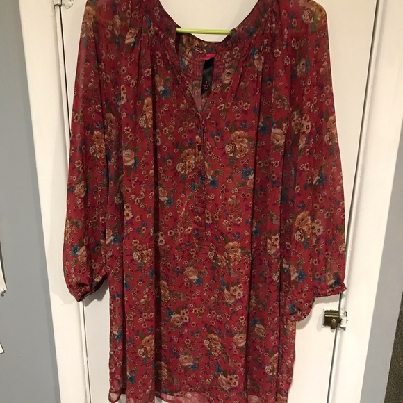 Pure Energy Tops - Maroon floral tunic